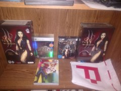 Two Worlds collectors editions, P-bag, Colo strat guide.