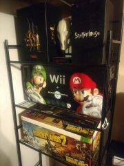 Collectors item shelf